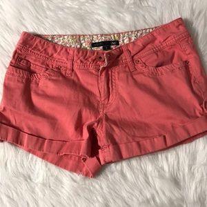 YMI women's shorts size 7